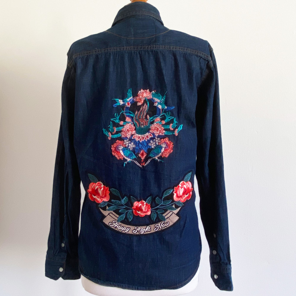 Chemise en jeans vintage Happy Right Now - Pièce unique